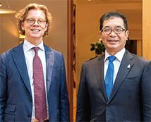 Swedish Ambassador Högberg and President Nakai