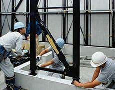 1階間仕切シーカスフレーム施工